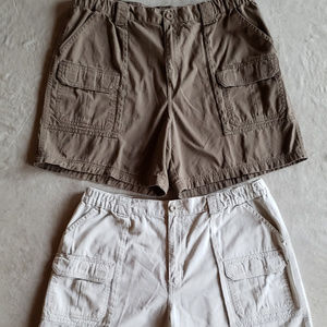 2 Croft & Barrow Relaxed Fit Cargo Shorts Men's 40